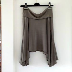 Plain Sud Stylish Silky Skirt